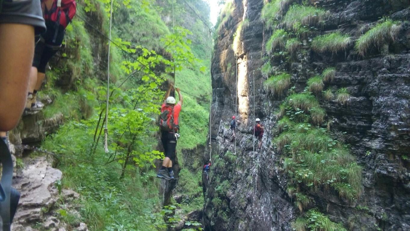 Klettersteig Postalmklamm : Ausflug an den wolfgangssee in klettersteig der